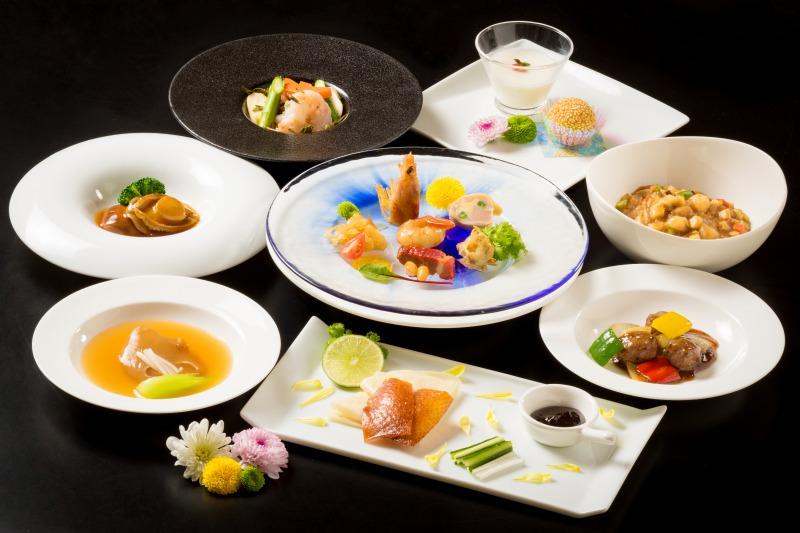 中国料理『豪華』で行うご法宴