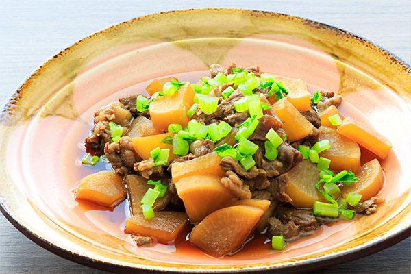 くずまき高原牛すね肉と大根の田舎煮