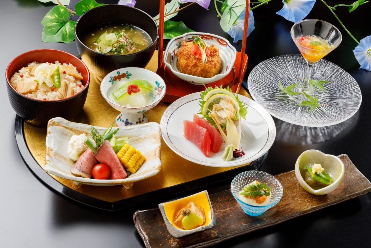 8月おすすめランチ「穴子ご飯と夏野菜の冷や汁御膳」