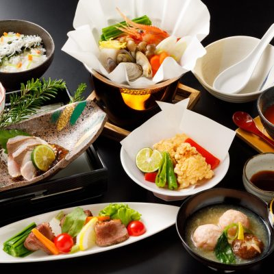 12月おすすめランチ「京味噌仕立て紙鍋御膳」